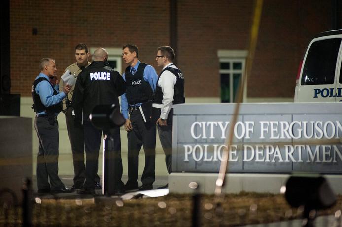 De politie in Ferguson kreeg veel kritiek te verduren vanwege vermeend racistisch gedrag.