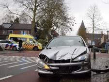 Flinke schade aan auto's door botsing in Zelhem