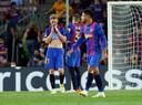 Teleurstelling bij de spelers van FC Barcelona na de kansloze nederlaag.