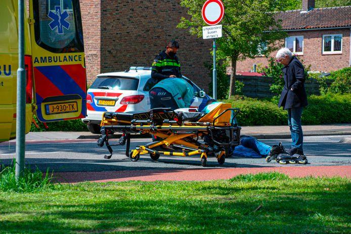 De skater moest met een ambulance naar het ziekenhuis worden vervoerd.