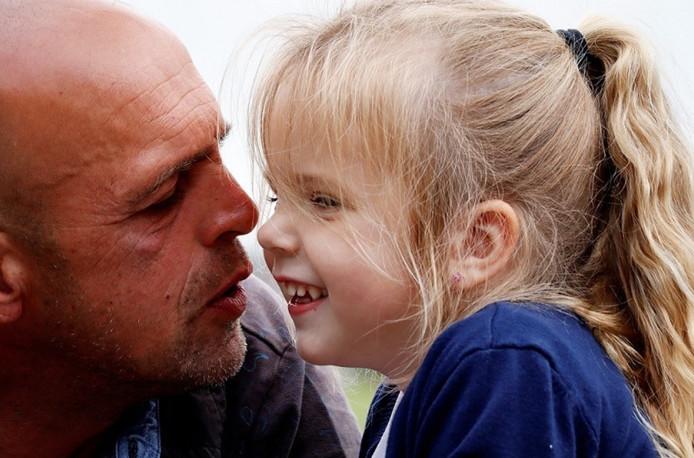 Vader Theo en dochtertje Yara (4).