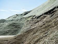 Maltha verlaagt glasbergen, dwangsom van de baan
