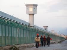 """""""Ils ont poussé mon esprit au bord de la folie"""": une Ouïghoure raconte son calvaire dans un camp de concentration"""