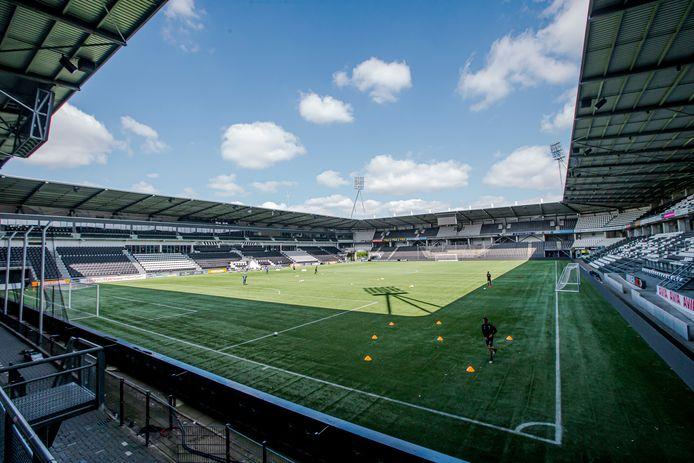 Lege stadions hebben de clubs handenvol geld gekost.
