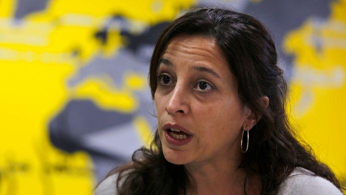 Lynn Maalouf, adjunct-directeur van Amnesty International in het Midden-Oosten en Afrika, klaagt de onmenselijke omstandigheden en de ongerechtvaardigde executies in Saydnaya-gevangenis aan. Onder gevangenen is de gevangenis bekend als 'het slachthuis'.