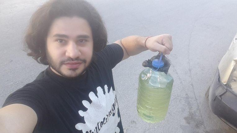 'Vandaag wist ik ook wat brandstof te regelen.' Beeld Hozaifa Dahmaan
