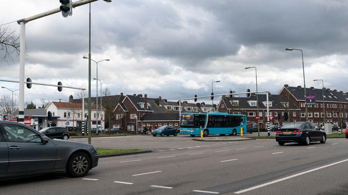 De huidige kruising Aartshertogenlaan en Orthenseweg gaat flink op de schop.