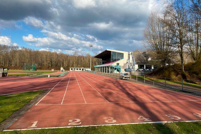 Atletiekpiste Bloso Sport.Vlaanderen Putbosstadion langs de Grote Steenweg in Oordegem.