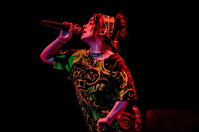 Billie Eilish tijdens haar optreden op Lowlands.