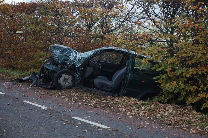 Ongeluk met auto en tractor in Veghel.