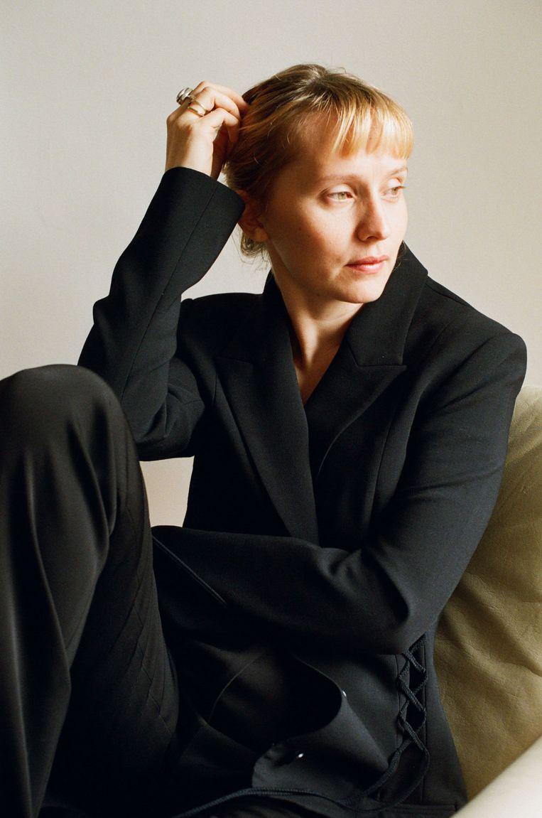 Regisseur Mona Fastvold: 'Ik zag direct voor me hoe ik er cinema van kon maken.'     Beeld