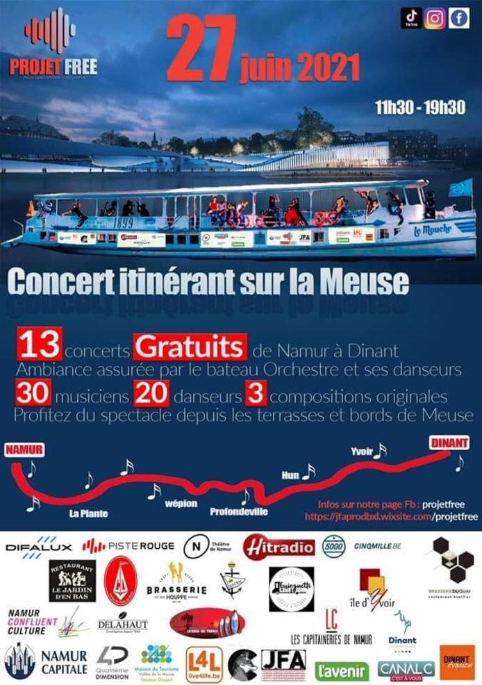 """Le """"bateau orchestre"""" est arrivé vers 13h aux Capitaineries de Namur. Il terminera son parcours face à la croisette de Dinant (18h45-19h30)."""