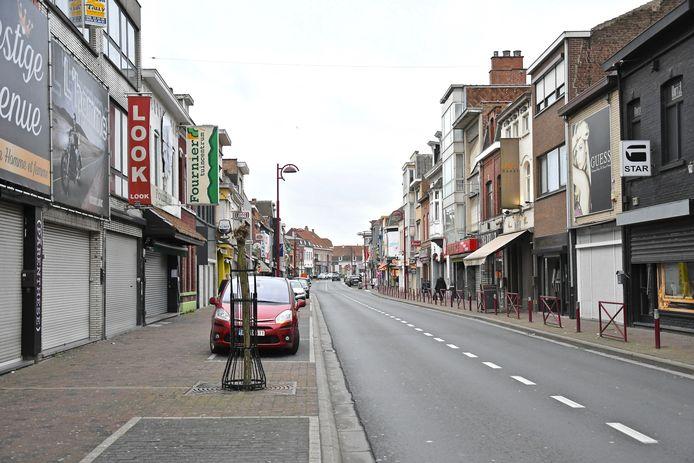 De inbraken gebeurden in de Rijselstraat, op de Barakken in Menen.