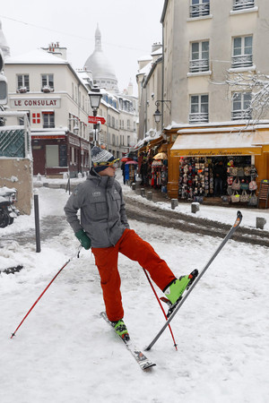 Foto van Snowboarden aan de Sacré-Coeur