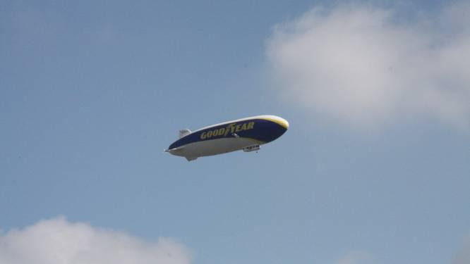 Dat zie je ook niet vaak: zeppelin gespot in de Westhoek