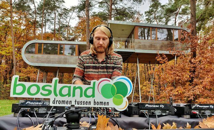 DJ Goldfox nam enkele nummers letterlijk op in Bosland