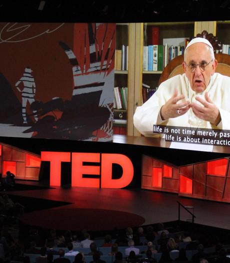 Paus houdt TED talk vanuit Vaticaan: 'We hebben elkaar nodig'