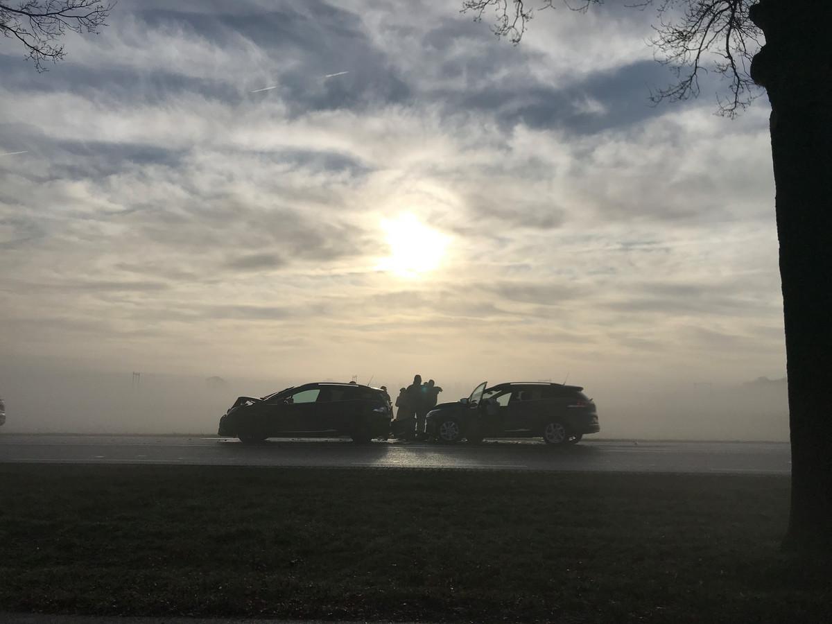 Dichte mist zorgt voor ongelukken op de N350