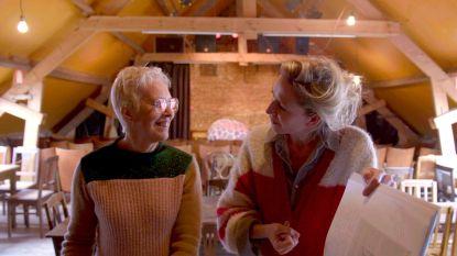 Lut Hannes krijgt bezoek van Cath Luyten na haar strijd tegen kanker