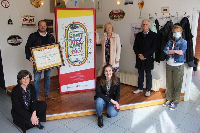 Comeet pakt uit met een tentoonstelling over oude kermisaffiches in het Meetjesland.