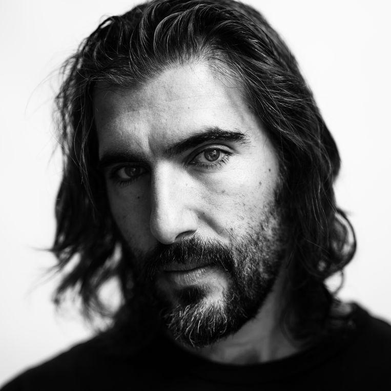 Mustafa Duygulu: 'In het schrijven kan ik veel meer kwijt dan in het acteren.' Beeld Frank Ruiter