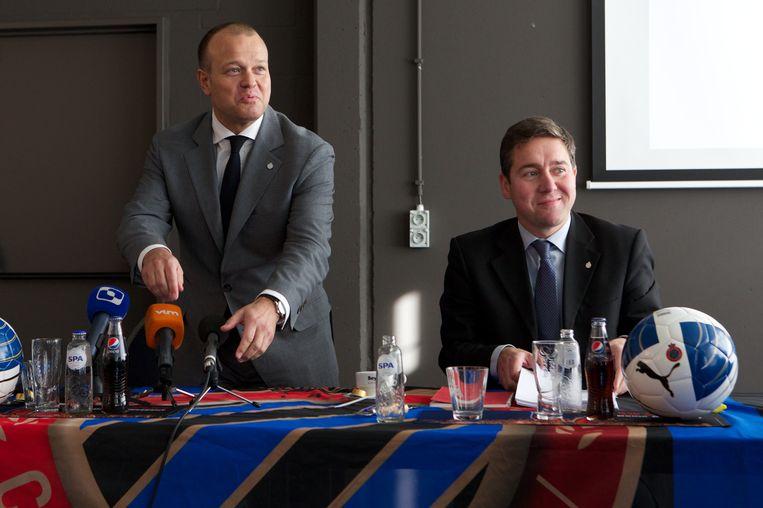 Bart Verhaeghe en Vincent Mannaert in 2012, toen de vzw een nv werd. Beeld BELGA