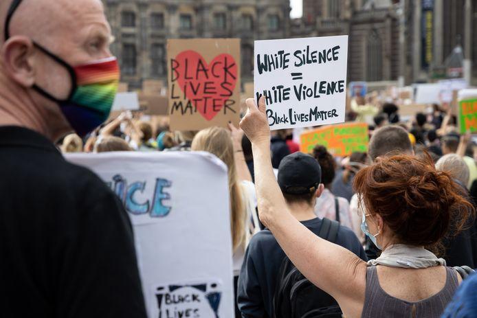 NLD/Amsterdam/20200601 - Black Lives Matter - Protest op de Dam
