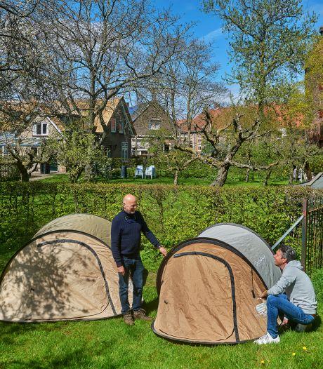 De tuin van Hans is zó groot en mooi dat hij er een camping van maakt: 'Zonde om voor jezelf te houden'