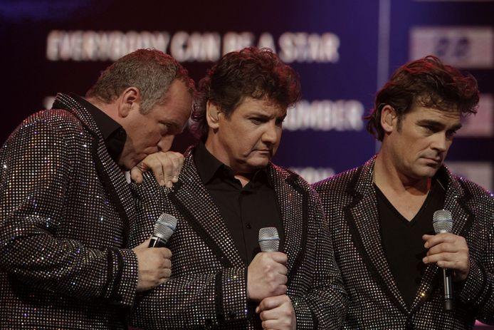 De spanning is te snijden tijdens het Nationaal Songfestival 2009.
