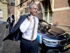Henk Kamp over collega-Tukker Omtzigt: 'Laat het zelf een keer in het kabinet zien'