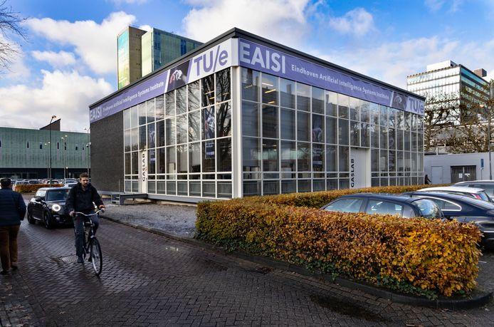 In het oude gaslab op de TU/e huist tegenwoordig EAISI, het Eindhovense instituut voor slimme machines.