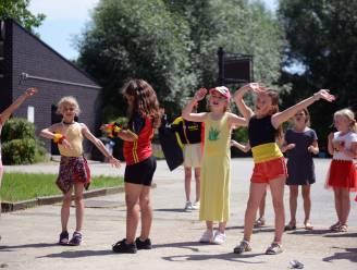 Leerlingen basisschool Spectrum trekken sportiefste plunje aan om te supporteren voor Rode Duivels