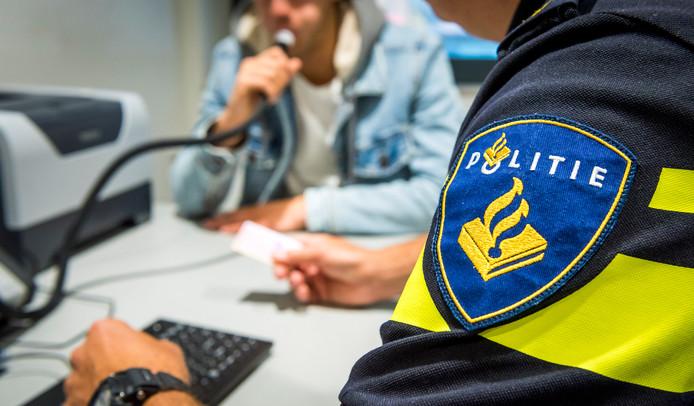 Tijdens een alcoholcontrole in Vollenhove werden twee automobilisten betrapt met teveel alcohol op.