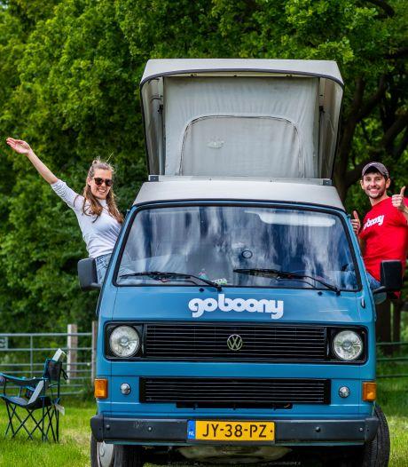 Wie deze zomer nog in een natuurhuisje of camper op vakantie wil, moet snel zijn: deze Utrechters waren er op tijd bij