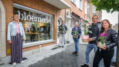 """Restaurants en dagbladhandel springen in de bres voor De Bloemerie: """"Plantjes toegevoegd aan ons assortiment voor Moederdag. Valerie kan alle steun gebruiken"""""""