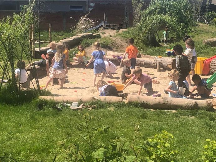 Nieuwe groene speelplaats op Klimopje