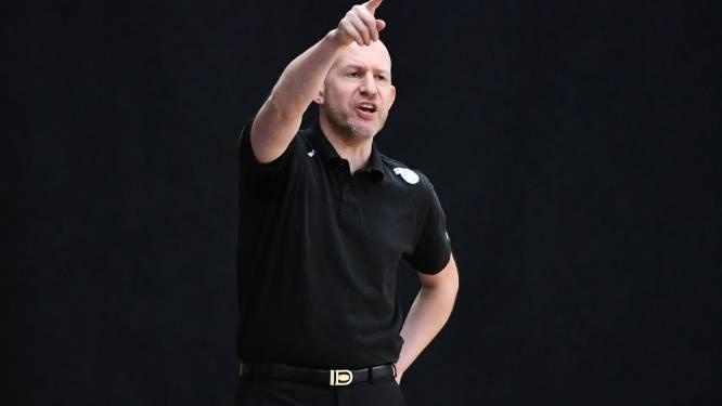 """Coach Arvid Diels (Kangoeroes Mechelen) staat voor  een grote uitdaging: """"Ambities van de voorzitter stroken met die van staf en speelsters"""""""