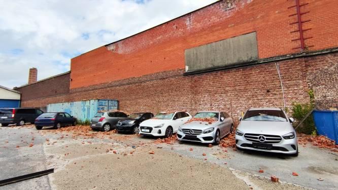 """Bakstenen metershoge muur komen los en vallen op auto's van garage: """"Zeven auto's niet meer verkoopbaar"""""""