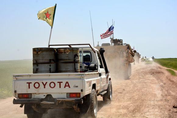 Amerikaanse troepen en Koerdische YPG-strijders vochten in het verleden samen in de strijd tegen IS.