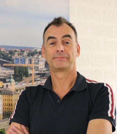 Songfestivalliefhebber John van Uden: 'Als Duncan wint ga ik toeterend door de straten van Tilburg'
