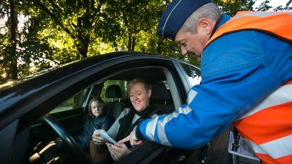 """Politie blijft ook dit jaar automobilisten sensibiliseren: """"Altijd je gordel dragen en zeker aan de schoolpoort"""""""