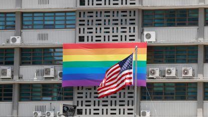 Amerikaanse ambassades verboden om regenboogvlag te hijsen
