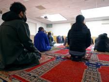 Moskee in Woerden vlak voor Suikerfeest dicht vanwege coronabesmetting van imam