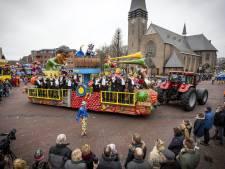 In pikkedonker op de fiets naar Daarle verleden tijd voor carnavalsvereniging Vroomshoop: 'Heel blij mee'