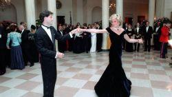 Iconische jurk van prinses Diana raakt niet verkocht op veiling