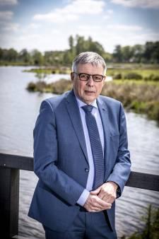 Burgemeester Henk Robben van Wierden zwaait vrijdag af: 'Mensen maken de samenleving'