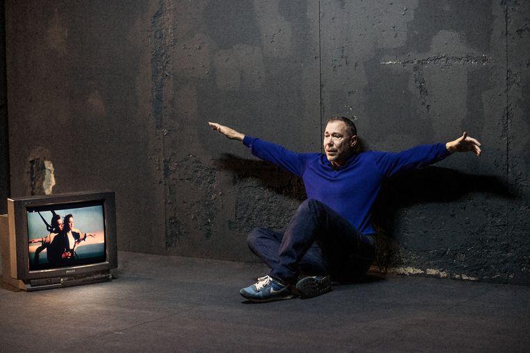 Hans Kesting in 'Wie heeft mijn vader vermoord', een van de zeer vele voorstellingen waar Ivo van Hove in 2019mee bezig was. Beeld RV © Jan Versweyveld