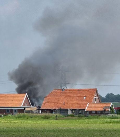 Uitslaande schuurbrand bij Bornerbroek onder controle