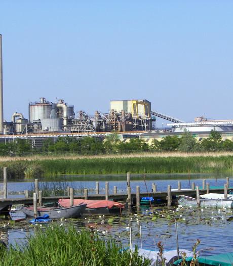 Zinkfabriek in Budel moet betalen om slagboom-fout