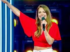 """Justine (24) droomt van plekje bij K3: """"Voor de eerste keer zing ik voor publiek"""""""